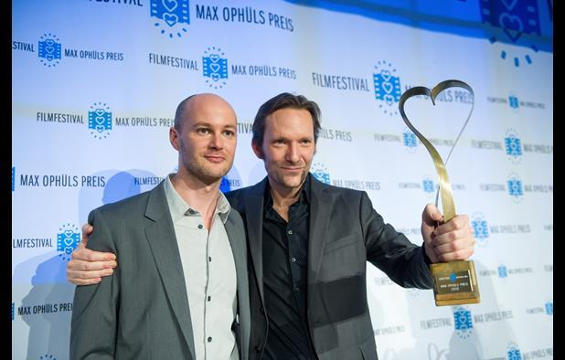 Festival co-director Philipp Bräuer and Max Ophüls Prize winner Rainer Frimmel